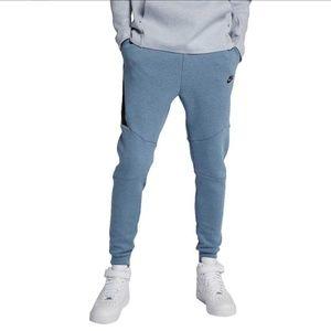 Nike | Blue Sportswear Tech Fleece Jogger Pants
